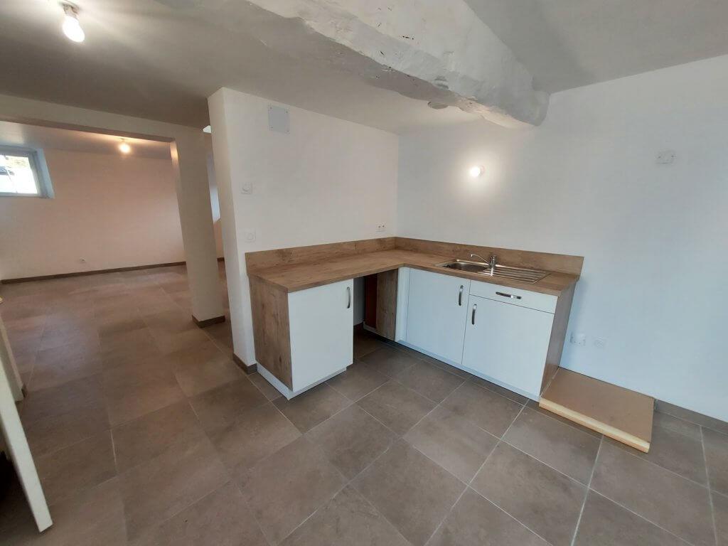 aménagement intérieur avec pose cuisine - artisan Bernard Binde
