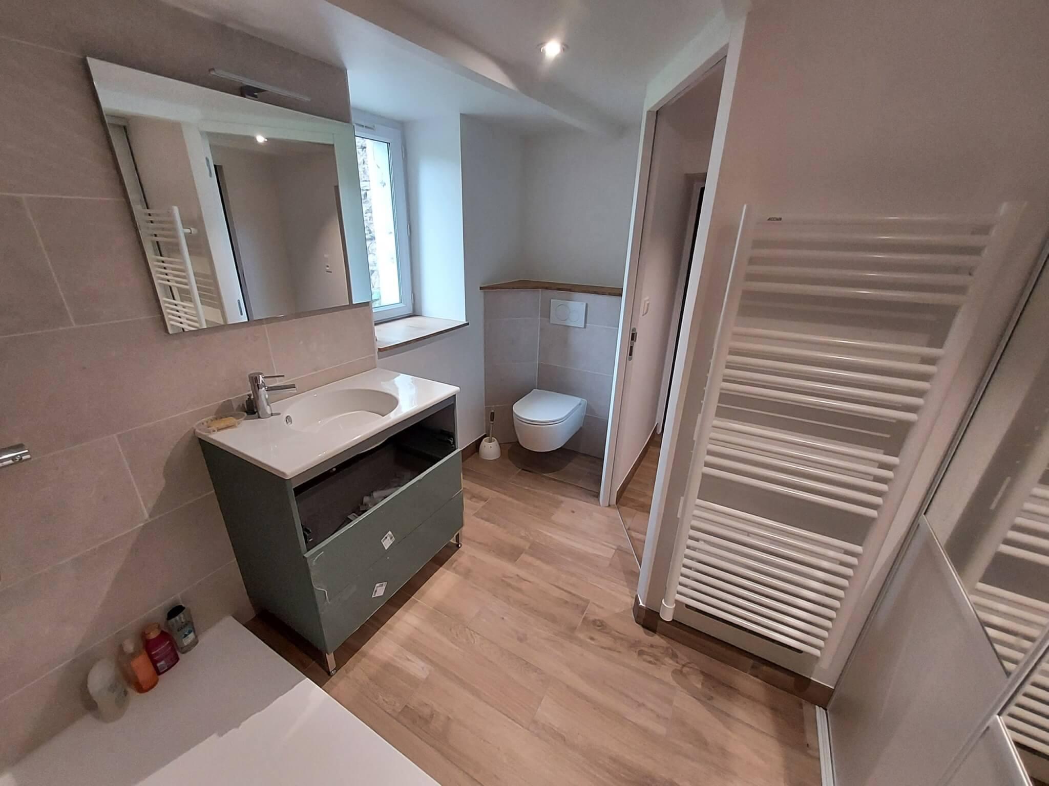 rénovation salle de bains - ARTISAN BERNARD BINDE BEIGNON